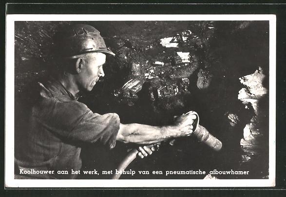 AK Koolhouwer aan het werk, met behulp..., Bergmann