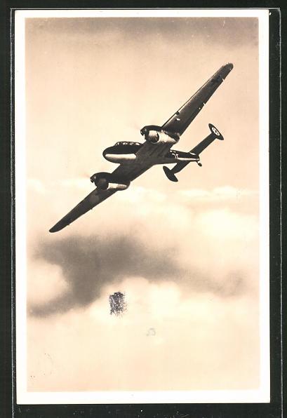 AK Flugzeug Zerstörer Messerschmitt Me 110 in der Luft