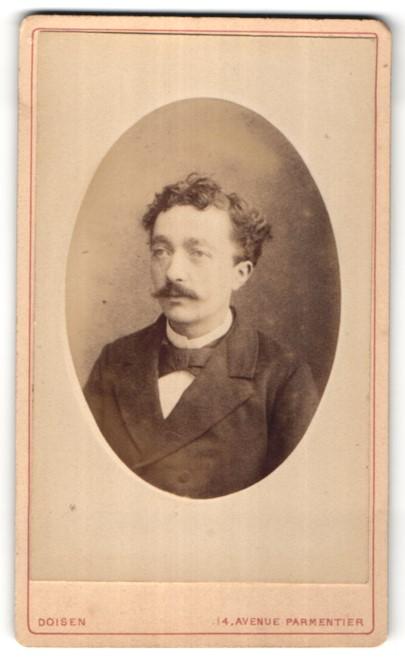 Fotografie Doisen, Paris, Portrait Herr mit zeitgenöss. Frisur