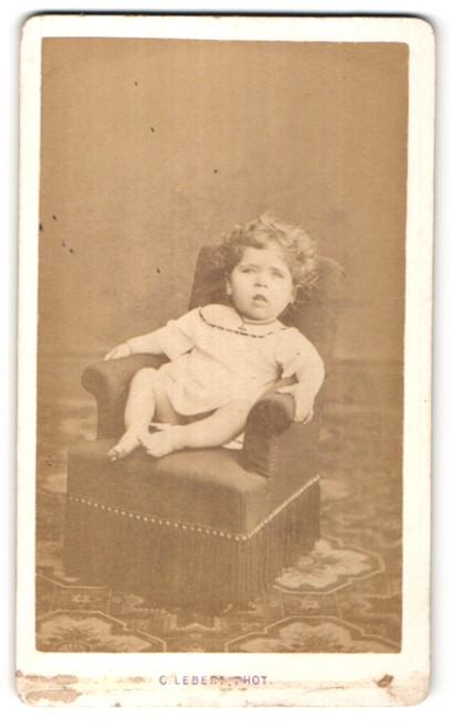 Fotografie C. Lebert, Paris, Portrait kleines Mädchen mit Locken