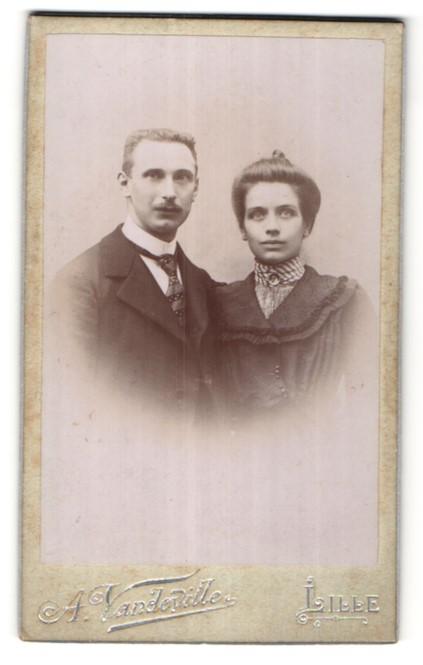 Fotografie A. Vandeville, Lille, Portrait bürgerliches Paar