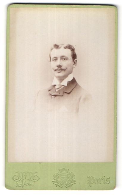 Fotografie Otto, Paris, Portrait Herr mit zeitgenöss. Frisur