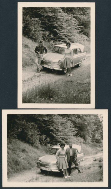 2 Fotografien Auto DKW Junior, Paar mit PKW auf einem Feldweg