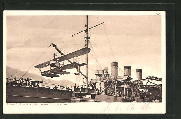 AK Französ. Marineflugzeug wird aufgefischt