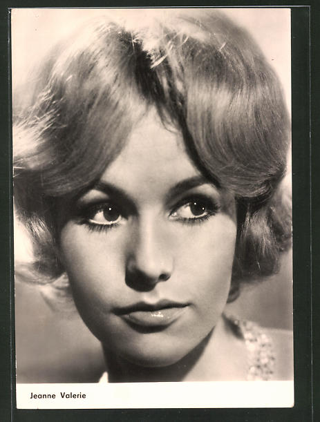 AK Schauspielerin Jeanne Valerie im Film