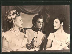 AK Schauspieler Ludmilla Saweljewa, Irina Skobzewa und Wassili Lanowol im Film