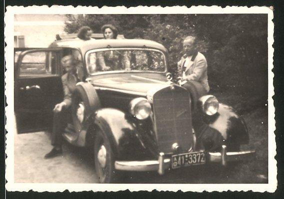 Fotografie Auto Mercedes Benz, Limousine mit Kfz-Kennzeichen: AO41-3372