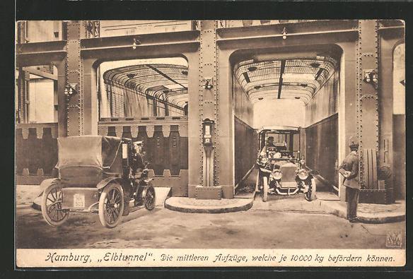 AK Hamburg-St. Pauli, Autos an den mittleren Aufzügen im Elbtunnel