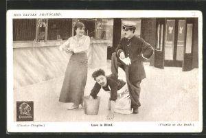 AK Schauspieler Charlie Chaplin im Film