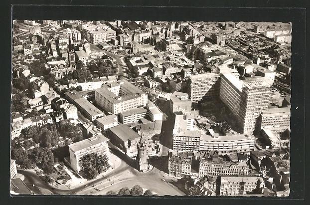 AK Frankfurt am Main, Eschenheimer Turm, Fernmelde-Hochhaus, Bayerhaus vom Flugzeug aus