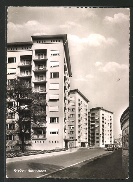 AK Giessen, Strassenpartie mit Hochhäusern
