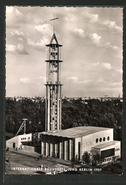 AK Berlin, Internationale Bauausstellung 1957, Objekt 22: Evang. Kirche mit Pfarr- und Gemeindehaus