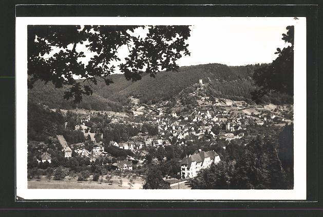 AK Bad Liebenzell, Ortspanorama vom Berg aus gesehen