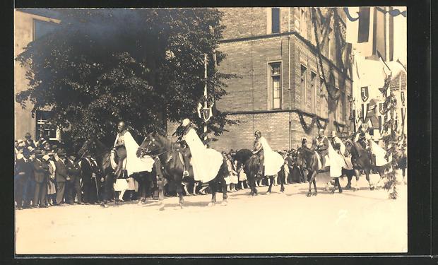 Foto-AK Rees, 700-Jahrfeier, Historischer Umzug, Ritter auf ihren Pferden