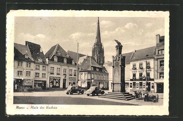 AK Moers, Löwen-Apotheke & weitere Geschäfte am Platz der Wachau