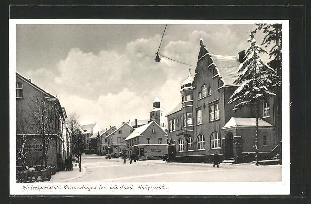 AK Meinerzhagen i. Sauerland, Ortsansicht mit Haupstrasse im Winter