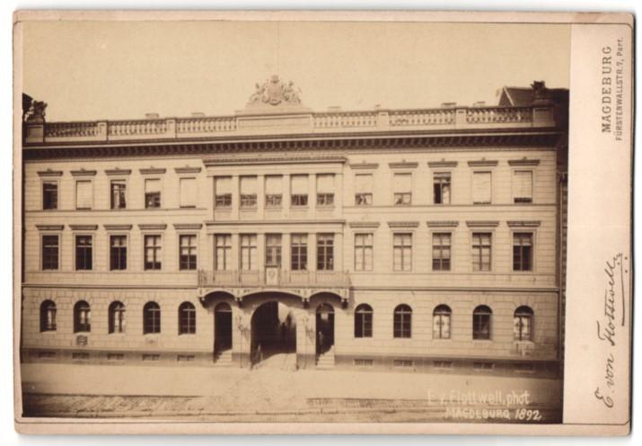Fotografie E. von Flottwell, Magdeburg, Ansicht Magdeburg, Partie am Hauptpostamt