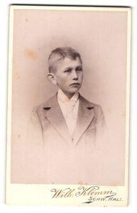 Fotografie Wilh. Klemm, Schw. Hall, Portrait blonder Knabe im eleganten Anzug