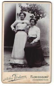 Fotografie Fortuna, Floridsdorf, Portrait zwei junge Damen