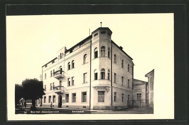 AK Bad Hall, Emilienhof mit Strassenpartie 0