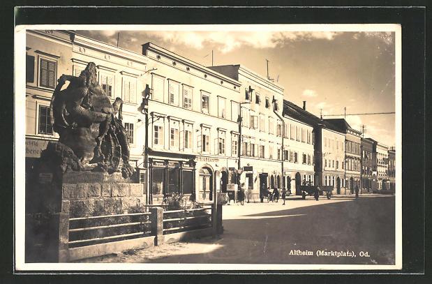 AK Altheim, Marktplatz mit Geschäften 0