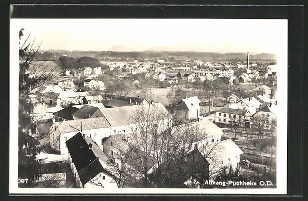 AK Attnang-Puchheim, Totalansicht über die Dächer der Stadt 0