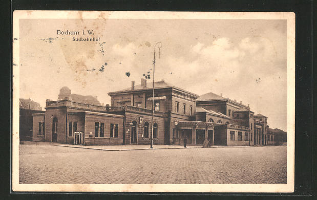 AK Bochum, Südbahnhof mit Strassenpartie 0