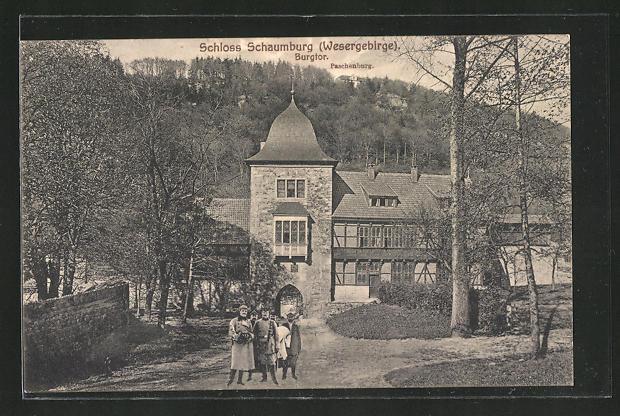 AK Rinteln, Burgtor vom Schloss Schaumburg mit Blick zur Paschenburg 0