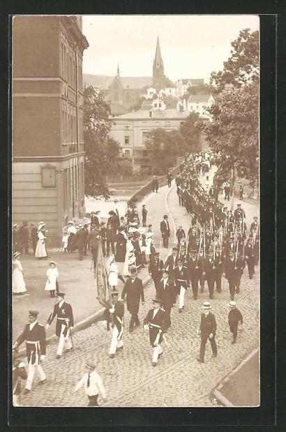 Foto-AK Werdohl, Festmarsch 1910 in der Inselstrasse 0