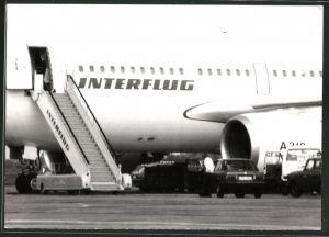 Fotografie Flugzeug Airbus A310 der Interflug auf einem Flughafen