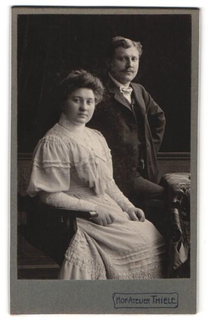 Fotografie Atelier Thiele, Mainz, Portrait junges bürgerliches Paar