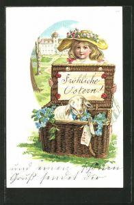 Präge-AK Fröhliche Ostern!, Mädchen und Osterlamm in einem Korb