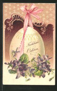 Lithographie Fröhliche Ostern, Osterei mit rosa Schleife und Veilchen