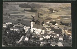 AK Altenfelden, Kirche mit Friedhof aus der Vogelschau