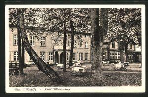 AK Plau, Hotel Klüschenberg mit Gartenlokal