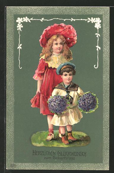 Präge-AK Herzlichen Glückwunsch zum Geburtstage, zwei hübsche Mädchen mit Blumensträussen