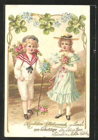 Präge-AK Herzlichen Glückwunsch zum Geburtstage, zwei Jugendliche mit einem Korb Rosen auf dem Rücken