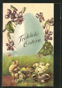 AK Osterküken an Wasserschale, grosses Osterei mit Blumen und Ostergruss