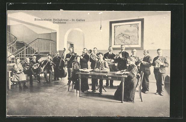 AK St. Gallen, Blindenheim Heiligenkreuz mit Musikorchester