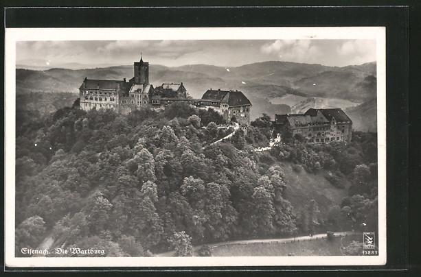 AK Eisenach, Wartburg, Gesamtansicht mit Bergpanorama