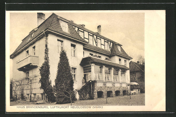 AK Neuglobsow / Mark, Partie am Gasthaus