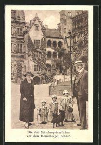AK Heidelberg, die drei Märchenprinzesschen vor dem Schloss, Liliputaner