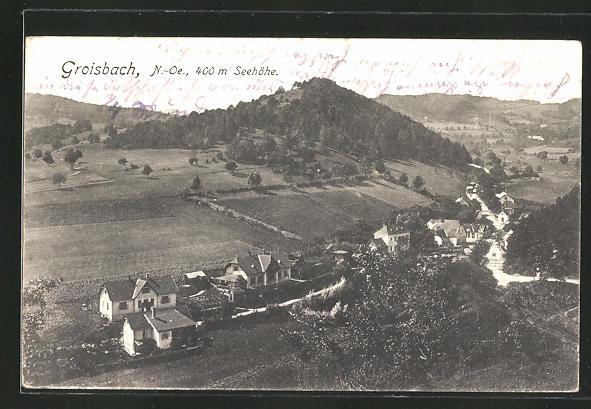 AK Groisbach, Ortsansicht vom Berg aus