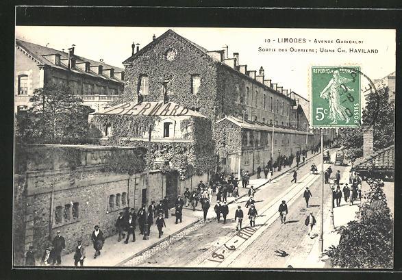 AK Limoges, Avenue Garibaldi, sortie des Ouvriers, Usine Ch. Haviland