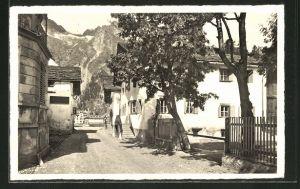 AK Sils-Maria i. Engadin, Blick durch die Dorfstrasse auf die Alpen