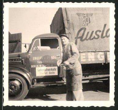 Fotografie Lastwagen Borgward, LKW-Pritsche Spedition Engler & Prade Berlin