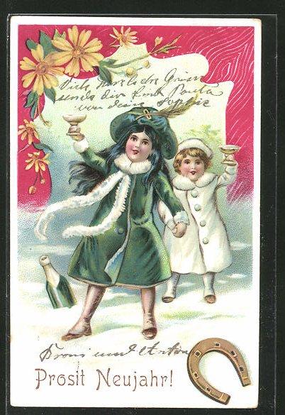 AK Mädchen im Schnee erheben ihre Sektgläser, Hufeisen