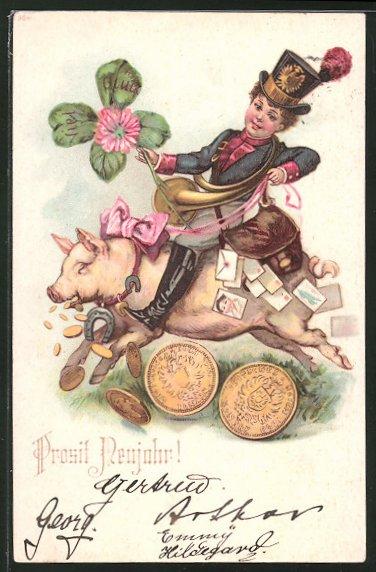 AK kleiner Briefträger reitet mit Geld und Klee auf einem Schwein