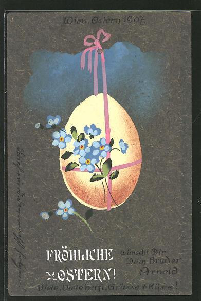 Künstler-AK Handgemalt: Fröhliche Ostern, Osterei mit hübscher Schleife und blauen Blumen