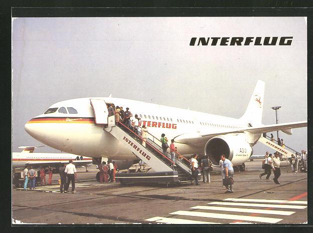 AK Flugzeug A 310 der Interflug auf der Startbahn